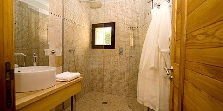 Le Hameau de Pichovet Chambres d'hôtes de charme du Hameau de Pichovet, Chambres d`Hôtes Vachères (04)