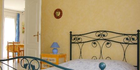 Gîte de Lescurou 8 pers. Chambre lit double