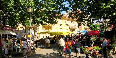 Cottage Gîte de Lescurou 8 pers. > marché du dimanche à Limogne