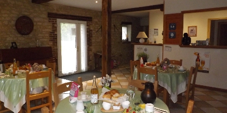 Le Clos Poli Breakfast room