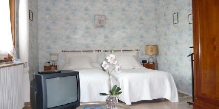 Le Petit Trianon Le Petit Trianon, Chambres d`Hôtes Confrançon (01)