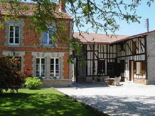 Chambre d'hote Marne - La Pinsonnière, Chambres d`Hôtes Heiltz-le Hutier (51)