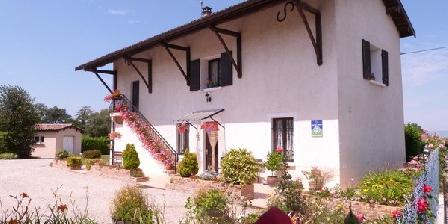 La Petite Maison de Juis La Petite Maison de Juis, Chambres d`Hôtes Savigneux (01)