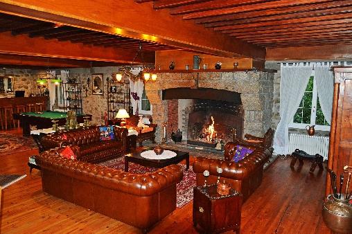 Chambre d'hote Ariège - Les Forges d'Enfalits, Salon et cheminée
