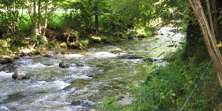 Les Forges d'Enfalits Forges d'Enfalits, la rivière