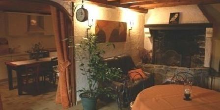 Moulin de Champhigne Moulin de Champhigne, Chambres d`Hôtes Puy Guillaume (63)
