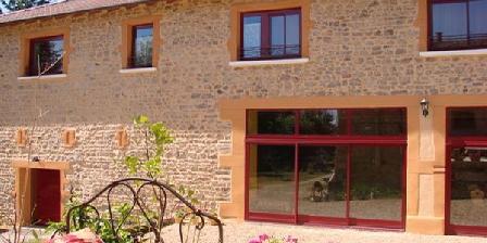 Le Domaine des Mollieres Le Domaine des Mollieres, Chambres d`Hôtes Grandris (69)