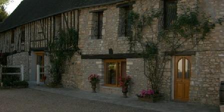 Le Relais des Hirondelles Le Relais des Hirondelles, Chambres d`Hôtes Chaumont En Vexin (60)