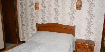 Chambres d'Hôtes Mille Fleurs Chambres d'hôtes Mille Fleurs, Chambres d`Hôtes Peyrat De Bellac (87)