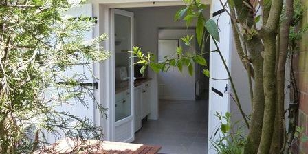guide gratuit gite gironde gites arcachon 33120 le pavillon d 39 arcachon accueil. Black Bedroom Furniture Sets. Home Design Ideas