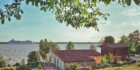 Chalet l'Estuaire Chalet l'Estuaire, Chambres d`Hôtes Bayon Sur Gironde (33)