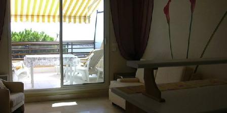 Atoll Atoll, Chambres d`Hôtes Saint Laurent Du Var (06)