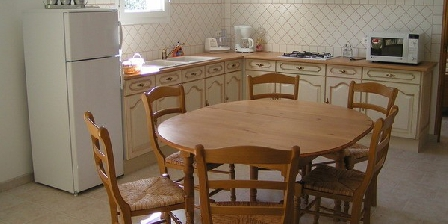 Cottage Gites les Micocouliers > Gites les Micocouliers, Chambres d`Hôtes St Alban Auriolles (07)
