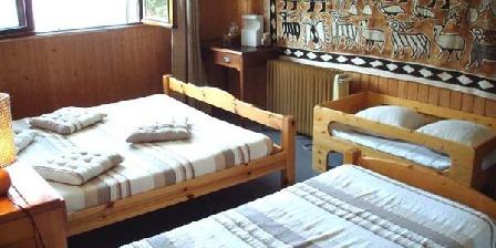 Aux 3 gites sentiers 2000 Aux 3 gites sentiers 2000, Chambres d`Hôtes La Côte D'Aime (73)
