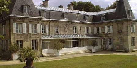 Château de Roberville Château de Roberville, Chambres d`Hôtes Machemont (60)