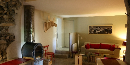 La Maison du Guil La Maison du Guil, design bed and breakfast in the Hautes Alpes