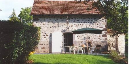 Gite Gite du Fournil de Noalhac > Gite du Fournil de Noalhac, Chambres d`Hôtes Aurillac (15)