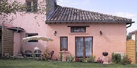 Les Dantous Chambres d'hôtes et Gîte Les Dantous, Chambres d`Hôtes Castelsarrasin (82)