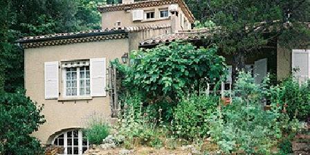 Les Ecureuils Les Ecureuils, Chambres d`Hôtes Privas (07)