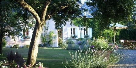 Domaine Des Roches Domaine Des Roches, Chambres d`Hôtes Sainte Magnance (89)