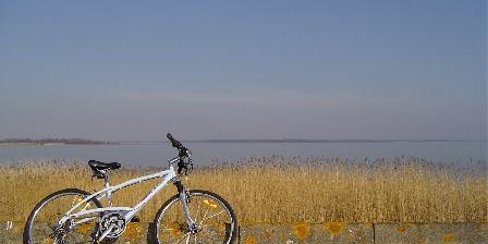 Les Clés d'Emeraude Vélo sur les pistes cyclables