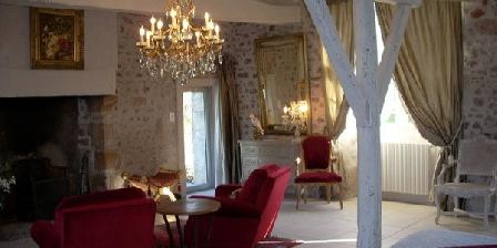 Château de Pérassier Château de Pérassier, Chambres d`Hôtes Néris-les-Bains (03)