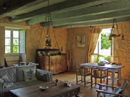 La Maison des Dîmes, Chambres d`Hôtes Saint-Aquilin (24)