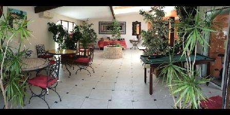 Le Patio 34 Le Patio 34 : Gîtes et chambres d'hôtes avec Piscine, Chambres d`Hôtes Laverune (34)