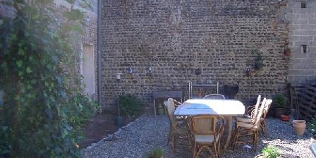 Le Camellia Le Camellia, Chambres d`Hôtes Maubourguet (65)