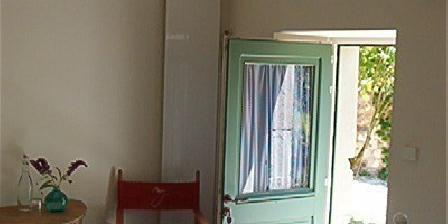 Le Rouvre Vert Le Rouvre Vert, Chambres d`Hôtes Grâne (26)