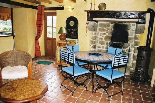 Chambre d'hote Orne - Les gîtes de la Fontaine secrète, Chambres d`Hôtes Segrie-Fontaine (61)