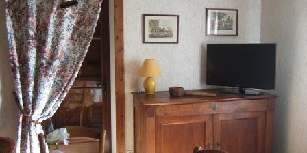 Le Gîte de la Roche d'en Haut Le Gîte de la Roche d'en Haut, Chambres d`Hôtes Razes (87)