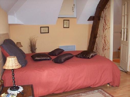 Chambre d'hote Maine-et-Loire - Les Glycines, Chambres d`Hôtes La Daguenière (49)