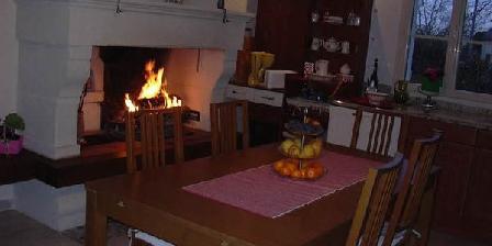 Les Glycines Les Glycines, Chambres d`Hôtes La Daguenière (49)