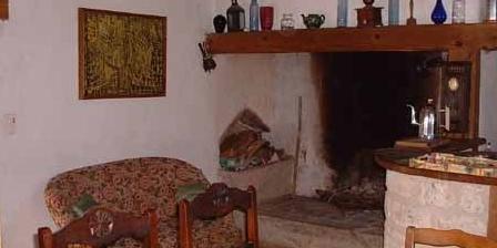 Gîte Otte Jean-Pierre Gîte dans petit parc animalier, Chambres d`Hôtes Larnagol (46)