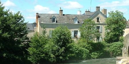 Le Pont Romain Le Pont Romain, Chambres d`Hôtes Montfort Le Gesnois (72)