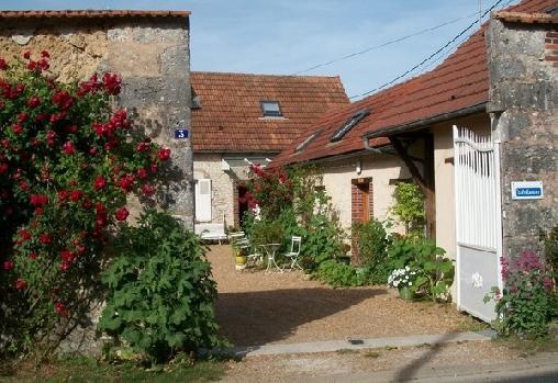 Chambre d'hote Eure-et-Loir - Hote Antique, Chambres d`Hôtes Berchères Les Pierres (28)