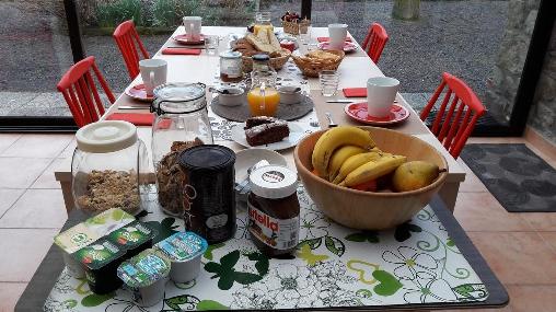 Patits déjeunres continentaux, La Croix-Galliot (35)