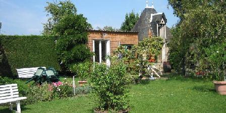 Au P'tit Bonheur sous le Porche Au P'tit bonheur sous le Porche Centre ville, Chambres d`Hôtes L'Isle Jourdain (86)