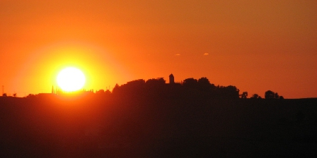 Château de Missandre Coucher de soleil à Missandre