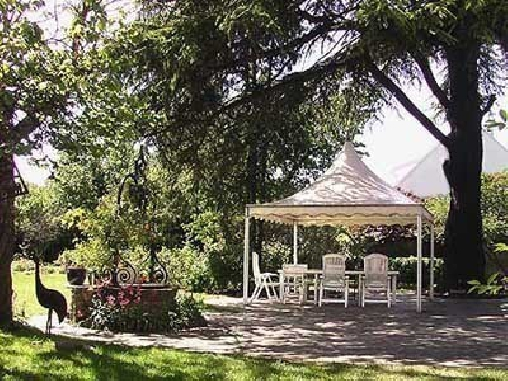 Gastezimmer seine saint denis bed and breakfast gastzimmer page 1 deutsche version - Le petit jardin kent saint denis ...