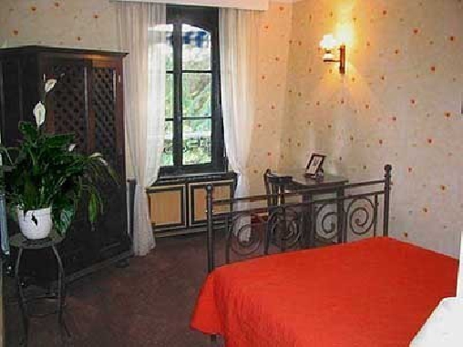 Chambre d'hote Seine-Saint-Denis - Le Jardin Secret - Chambres d'hôtes et Locations de Caractère, Chambres d`Hôtes Noisy-le-Grand (93)