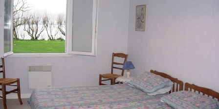 Les Tamaris Les Tamaris, Chambres d`Hôtes Le Val St Pere (50)