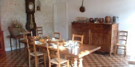 Domaine de la Perthuiserie Domaine de la Perthuiserie, Chambres d`Hôtes Saint Porchaire (17)