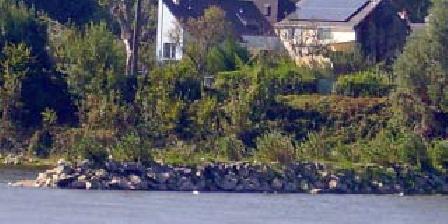 La Maison sur l'Ile La Maison sur l'île, Chambres d`Hôtes Behuard (49)