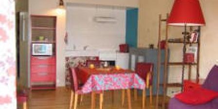 Ferienhauser Studio les 3 Terrasses > Studio les 3 Terrasses, Gîtes Saint Quentin La Poterie (30)