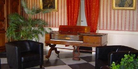 Château de Vaugrignon Chateau de Vaugrignon TABLE D'HOTES, Chambres d`Hôtes Esvres (37)