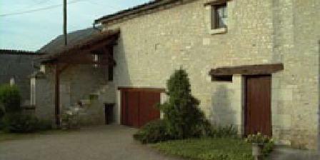 Maison de campagne Maison de campagne, Chambres d`Hôtes Braye-Sous-Faye (37)