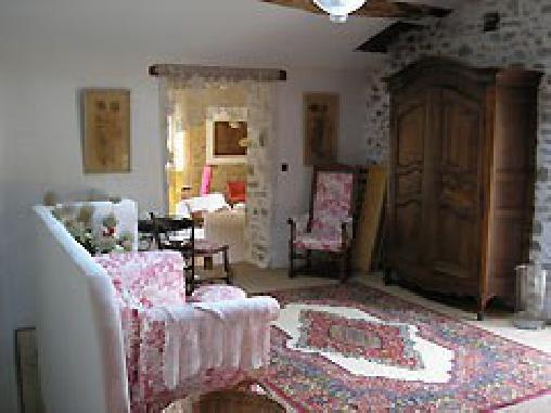 Chambre d'hote Loire - La Ferme du Toine, Chambres d`Hôtes Neaux (42)