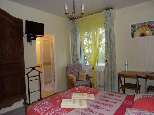 Chambre d'hote Gironde - Aux Châtaigniers Gîte et Chambres d'Hôtes, Chambres d`Hôtes Langon (33)
